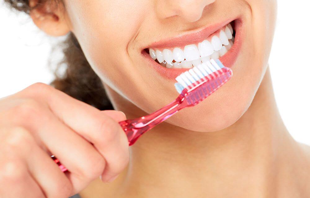 hur länge ska man borsta tänderna
